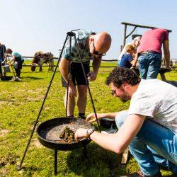 Vuur maken, kookworkshop koken op kampvuur